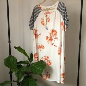 Dresses & Skirts - Floral and Stripe T Shirt Dress NWT